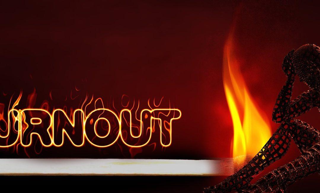 Cuáles son los síntomas de burnout en líderes y cómo superarlo